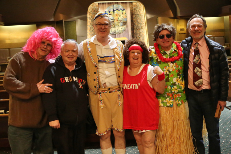 http://tbsfl.org/images/Purim2016/Jeff,Bob,Ted,Iona,Mike,Howie.jpg